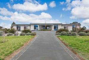 32 Robert Hoddle Grove, Mudgee, NSW 2850