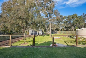 15 Highland Park Rd, Meringandan West, Qld 4352
