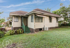 331 Webster Road, Stafford Heights, Qld 4053