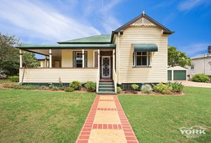 6 Somme Street, North Toowoomba, Qld 4350