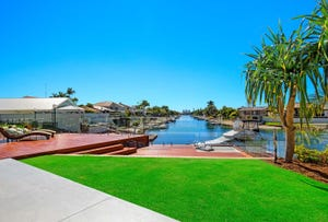 9 Rowes Court, Sorrento, Qld 4217