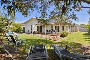 31 Norman Drive, Cowes, Vic 3922