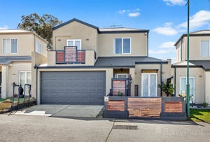 13 Sunbrook Court, Sunbury, Vic 3429