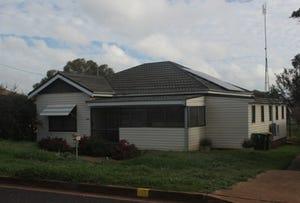 100 warrah st, Peak Hill, NSW 2869