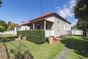 19 Edward Street, East Toowoomba, Qld 4350