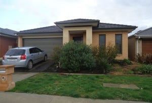 32 Saffron Avenue, Officer, Vic 3809