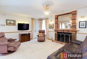 76 Matthew Flinders Avenue, Endeavour Hills, Vic 3802