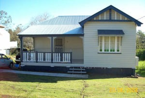 14 Campbell Street, Woodend, Qld 4305