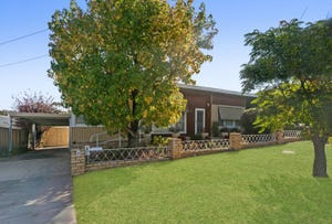 11 Illingworth Street, Golden Square, Vic 3555