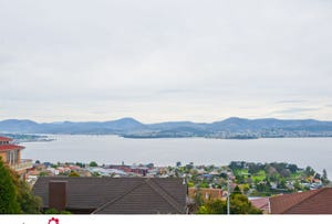 2/8 Amanda Crescent, Sandy Bay, Tas 7005