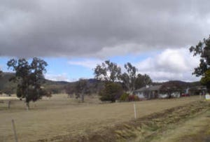 Tenterfield, address available on request