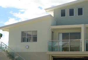 Unit 4 of 6 Gympie Rd, Tin Can Bay, Qld 4580