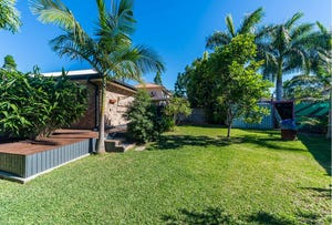 4 Barrs Avenue, Oxenford, Qld 4210