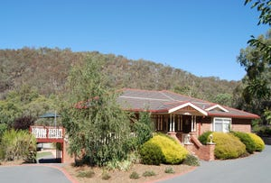 32 Taylor Place, Greenleigh, NSW 2620