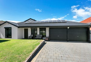 32 Deemster Ave, Christies Beach, SA 5165