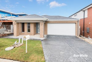 40 Greenslate Street, Clyde North, Vic 3978
