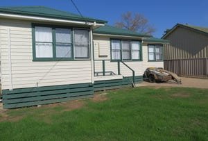 4 Howe Street, Seymour, Vic 3660