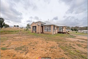 3 Shirley Taylor Place, Uriarra Village, ACT 2611