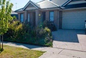 Rm 4 / 119 Fogarty Ave, Highton, Vic 3216