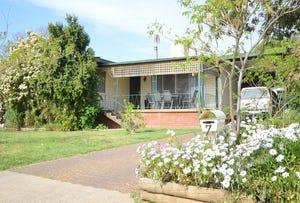 7 Kibbler Street, Cowra, NSW 2794