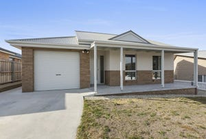 12 Kitty Way, Kingston, Tas 7050