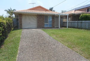 17 Blackwood Road, Margate, Qld 4019