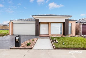 16 Lothbury Drive, Clyde North, Vic 3978