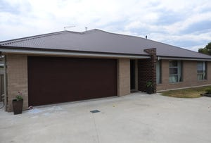 2/544 Comans Avenue, Lavington, NSW 2641