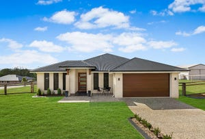 5 Casuarina Crescent (Turn Left At Jones Rd & Left Into Quigleys Rd), Withcott, Qld 4352