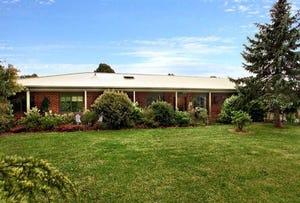 136 Bungower Road, Somerville, Vic 3912