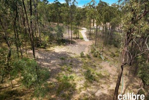 108 Chestnut Drive, Pine Mountain, Qld 4306