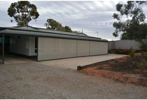 29 Irrapatana Street, Roxby Downs, SA 5725