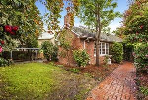 24 Hedge End Road, Nunawading, Vic 3131