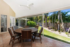 26 Trivia street, Palm Cove, Qld 4879