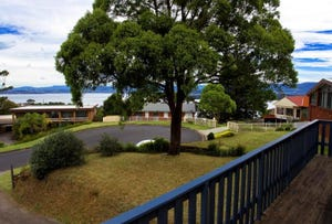 12 Arnold St, Lake Heights, NSW 2502