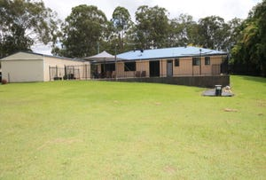 105 Smiths Rd, Elimbah, Qld 4516