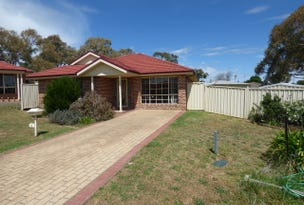 8 Parkview Crescent, Harden, NSW 2587