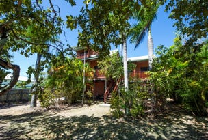 94  Horseshoe Bay Road, Horseshoe Bay, Qld 4819