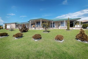 90 Stirling Drive, Lakes Entrance, Vic 3909