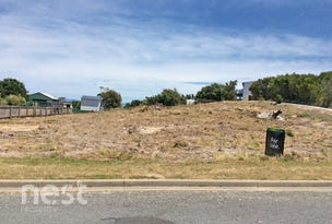 33 Hazards View Drive, Coles Bay, Tas 7215