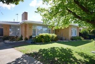 76 MORONEY STREET, Bairnsdale, Vic 3875