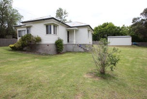 99 Logan Street, Tenterfield, NSW 2372