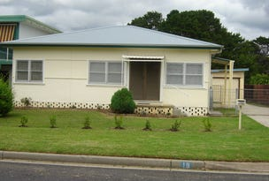 18 Golflinks Drive, Batemans Bay, NSW 2536