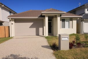 77 MacIntyre Pde, Pacific Pines, Qld 4211