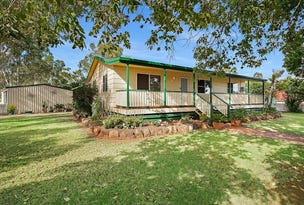 12 Donely Street, Oakey, Qld 4401