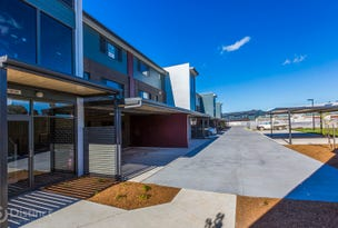 61/20 Fairhall Street, Coombs, ACT 2611