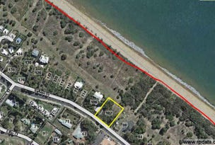 102 Sylvan Dr, Moore Park Beach, Qld 4670