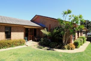7 Lyons Road, Sussex Inlet, NSW 2540