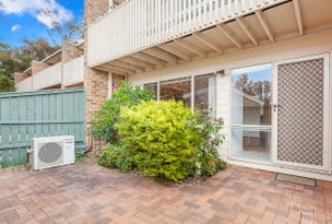 4 Earle Place, Page, ACT 2614