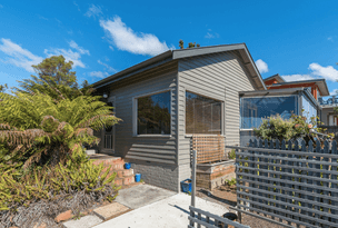 229 Roslyn Avenue, Blackmans Bay, Tas 7052